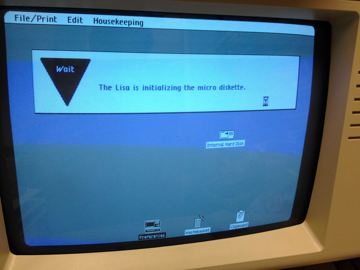 lisa-disk-initializing