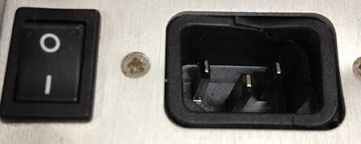 Platiie cracked plug